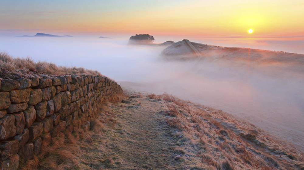 Housesteads Crags, Hadrian's Wall. Image by Roger Clegg.