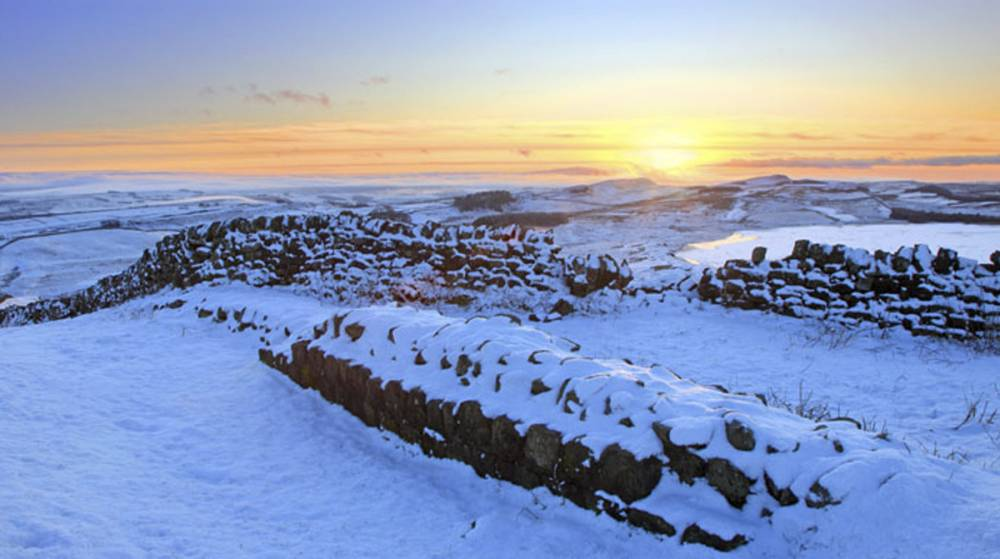 Sewingshields Crags, Hadrian's Wall. Image by Roger Clegg.
